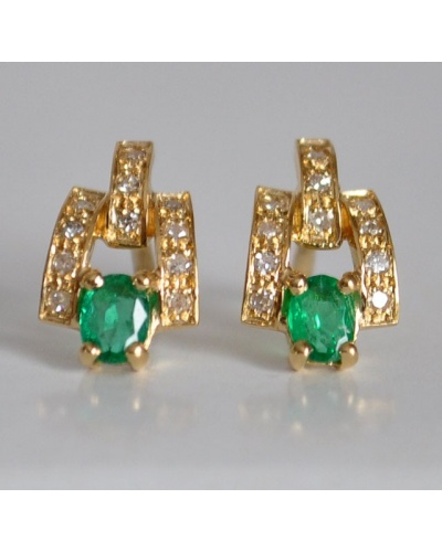 Boucles d'oreilles émeraudes ovales diamants or jaune 750