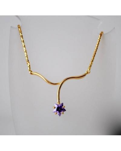 Collier étoile mauve zirconium or jaune 750