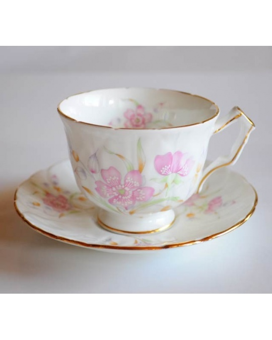 tasse a th fleurs pastel en porcelaine anglaise aynsley bone china. Black Bedroom Furniture Sets. Home Design Ideas
